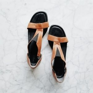 The Flexx Cognac Leather Sandals - 7.5M